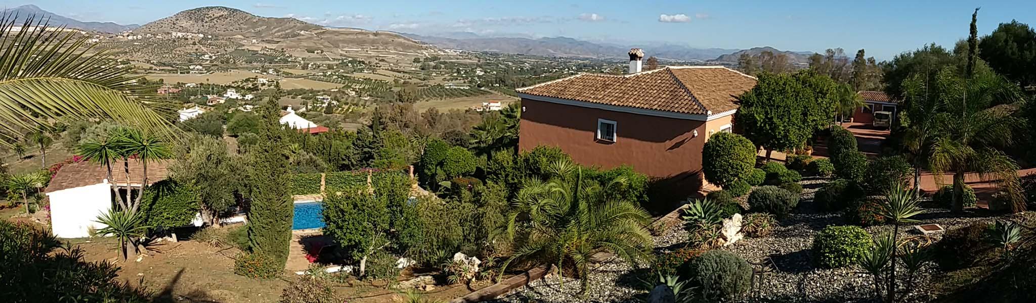 Poda en altura y paisajismo en Málaga
